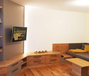 Flachbildfernseher Eiche astig Couch Sofa Couchtisch Laden Stauraum Sunwood indirekte Beleuchtung LED Regal